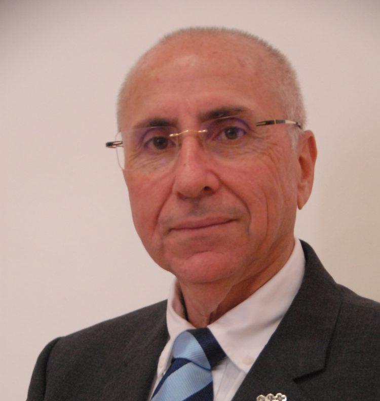 El presidente autonómico Cruz Roja Canarias, Antonio Rico Revuelta