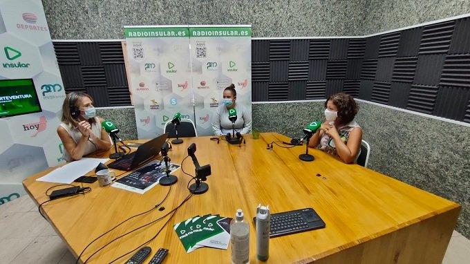Perdomo y Darias (dcha) en Radio Insular