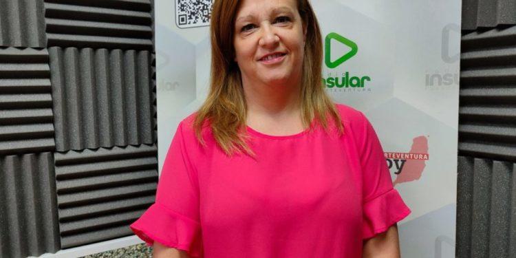 Daniela Plotegher en Radio Insular