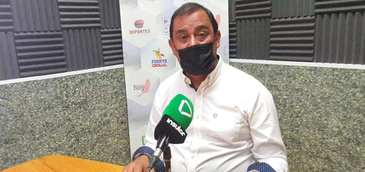 Blas Acosta en Radio Insular